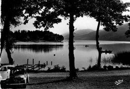 Laffrey - Le Lac (Renault 4CV) - Laffrey