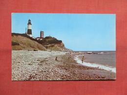 Surf Fishing  Montauk Point Lighthouse    New York > Long Island  Ref 3501 - Long Island