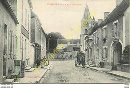 21.  EPOISSES .  La Rue Principale .  CPA Animée . - France