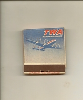 Pochette Allumettes LASTAR De 1951 Neuve Et Pleine:Compagnie Aérienne TWA-ESSO - Boites D'allumettes