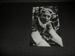 Sport ( 68 )  Coureur  Wielrenner  Renner  Cycliste - Chocolat S.A. Victoria :  Rik Evens - Cyclisme