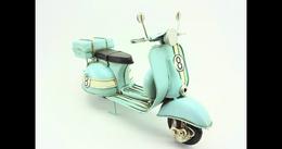 Moto En Métal 27x10,5x17cm - Collectors Et Insolites - Toutes Marques