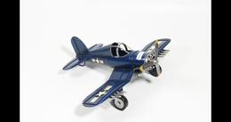 Avion En Métal 28x21x11cm - Collectors Et Insolites - Toutes Marques
