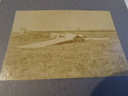 Photo 1915 PAU - Camp D'aviation Du Pont Long ??, Un Avion Blériot écrasé Sur Le Sol (A198, Ww1, Wk 1) - Pau