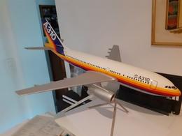 AIRBUS A 310 Sur Trepied Prototype - Vliegtuigen