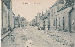 VERON : La Grande Rue . - Veron