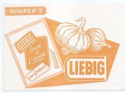 - BUVARD LIEBIG - SOUPE A L'OIGNON - - Suppen & Sossen