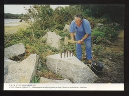 Plouarzel (29) : Démonstration De Taille De Granite Sur Le Bords De L'Aber-Ildut - Frankreich