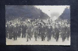 MILITARIA - Carte Postale - Guerre De 1939/45 - Libération De Paris - Général De Gaulle - L 36314 - Guerra 1939-45
