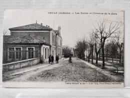 Cruas. Les Ecoles Et L'Avenue De La Gare - Frankrijk