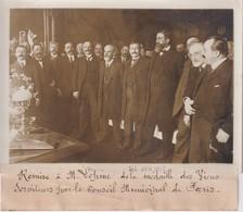 REMISE A M LÉPINE MÉDAILLE DES VIEUX SERVITEURS MUNICIPAL DE PARIS  18*13CM Maurice-Louis BRANGER PARÍS (1874-1950) - Célébrités