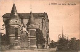CPA 08 (Ardennes) Vouziers - Les Tourelles TBE - Vouziers