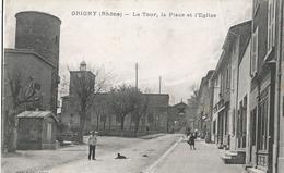 CPA  772 - GRIGNY La Tour, La Place Et L'église  -  Animations - Grigny