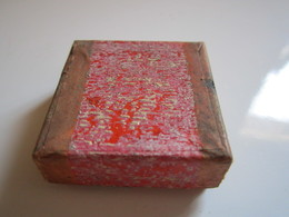 Ancienne Boite Carré En Carton - 3,5 Cm Au Carré - Boîtes