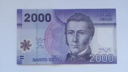 2000 Pesos Banknote Aus Chile Von 2015 (vorzüglich) - Chile