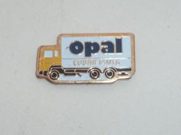 Pin's CAMION OPAL LUBRIFIANTS  01 - Transports