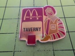 911d Pin's Pins / Beau Et Rare : THEME : McDONALD'S / RONALD LE CLOWN MALEFIQUE FRAPPE A TAVERNY ! - McDonald's