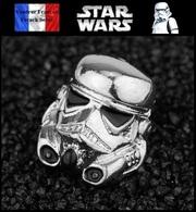 1 Pins Pin's NEUF En Métal ( Brooch ) - Star Wars Soldats Impériaux Stormtroopers ( Ref 1 ) - Cinéma
