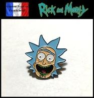 1 Pins Pin's NEUF En Métal ( Brooch ) - Rick Et Morty ( Ref 3 ) - Cinéma