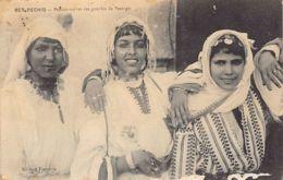 Maroc - Prostitution - BER RECHID - Pensionnaires Des Gourbis De Passage. - Maroc