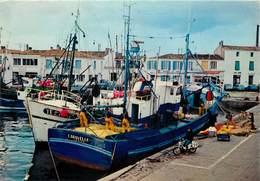 Dép 85 - Bateaux De Pêche - Thoniers - Ile D'Yeu - Port Joinville - Thonier Au Port - Semi Moderne Grand Format - Ile D'Yeu
