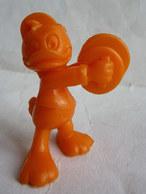FIGURINE PUBLICITAIRE FIGURINE Prime NEVEU DE DONALD En Plastique Orange Type Bully Pérou MICKEY WALT DISNEY - Disney