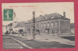 59 - BERLAIMONT---Mairie Et Grand ' Place----anime - Berlaimont