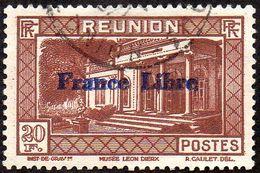 Réunion Obl. N° 215 Vue -> Musée Léon Dierx à Saint Denis Le 20frs Prune - Réunion (1852-1975)
