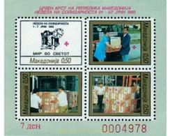 Ref. 55721 * MNH * - MACEDONIA. 1993. RED CROSS. SOLIDARITY WEEK . CRUZ ROJA. SEMANA DE LA SOLIDARIDAD - Eisenbahnen