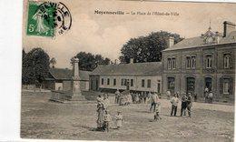 MOYENNEVILLE - La Place De L' Hotel De Ville - France