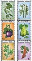 Ref. 340483 * MNH * - MALDIVES. 1976. FRUITS . FRUTOS - Malediven (1965-...)