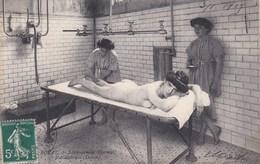 ROYAT Etablissement Thermal,massotherapie (dames),nue - Royat
