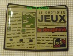 JOURNAL LE DAUPHINE LE QUOTIDIEN JEUX  PRESSE ECRITE - Media