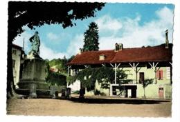 Lugny - Maisons Mâconnaises (avancée Macônnaise, Monument Aux Morts) - Pas Circulé - France