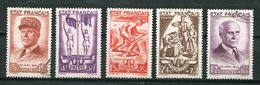 1943 FRANCE BANDE DECOUPE PETAIN TRAVAIL FAMILLE PATRIE  OBLITERE - Used Stamps
