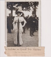 LES TOILETTES AU GRAND PRIX HIPPIQUE  18*13CM Maurice-Louis BRANGER PARÍS (1874-1950) - Fotos