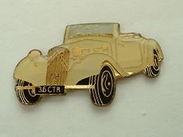 PIN'S CITROËN TRACTION - Citroën