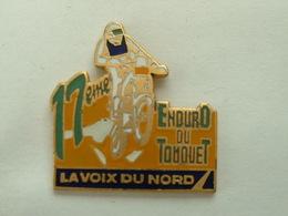 PIN'S MOTO - 17 éme ENDURO DU TOUQUET - LA VOIX DU NORD - Motos