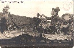 FR34 MONTPELLIER - Carte Photo Carnaval - Tampon Sec - Sa Malesté Pélican - Gros Plan - Animée - Belle - Folklore