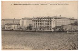 CPA 94 - FRESNES (Val De Marne) - 3. Etablissement Pénitentiaire De Fresnes. Vue D'ensemble Des Trois Divisions - Fresnes