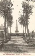 10 - Nogent Sur Seine Monuments Des Combattants 1870-71 - Nogent-sur-Seine