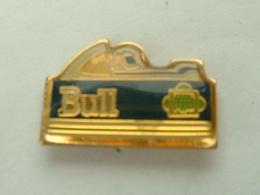 PIN'S F1 - BULL - F1