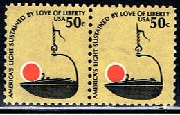 US 922 // YVERT 1229 + 1229 // 1978-79 - Estados Unidos