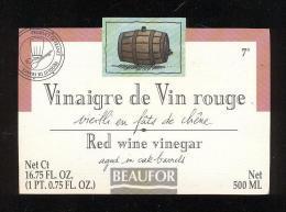 Etiquette  De Vinaigre De Vin Rouge  -  Beaufor   France - Etiquettes