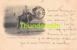 CPA TYPES ALGERIENS ALGERIE CHAMBBA MONTE SUR UN MEHARI  1900 - Algérie