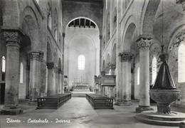 Italie Bitonto Intérieur De La Cathédrale (2 Scans) - Bitonto
