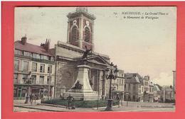 MAUBEUGE 1935 GRAND PLACE ET MONUMENT  DE WATTIGNIES HOTEL DU CYGNE CARTE EN BON ETAT - Maubeuge
