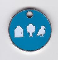 Jeton De Caddie En Métal - A Identifier - Maison + Arbre + Oiseau - Jetons De Caddies