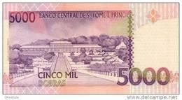 SAO TOME E PRINCIPE P. 65b 5000 D 2004 UNC - San Tomé E Principe