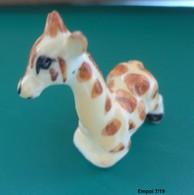 GIRAFE Miniature En Porcelaine - Animaux